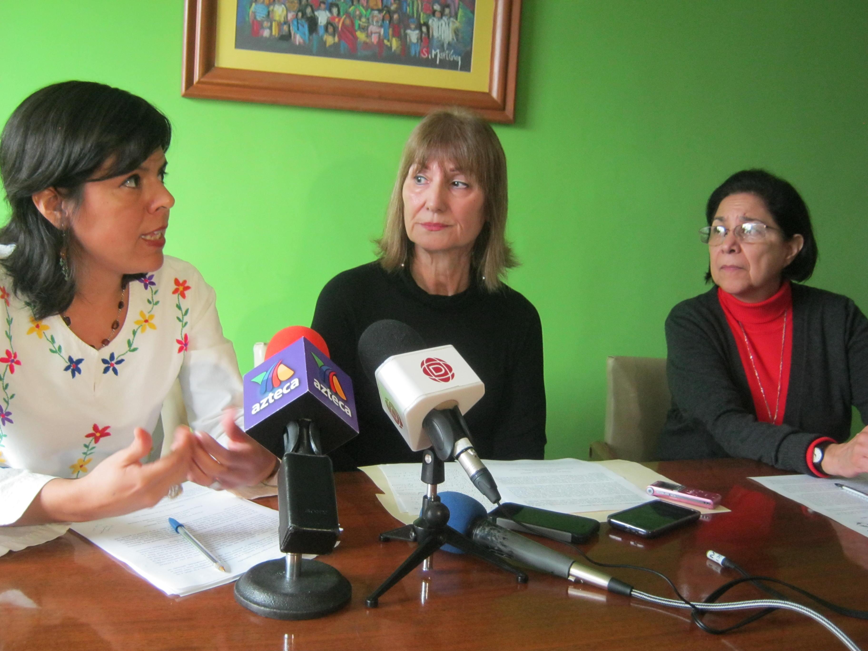 Durante la rueda de prensa que se ofreció por el Día Universal Del Niño.